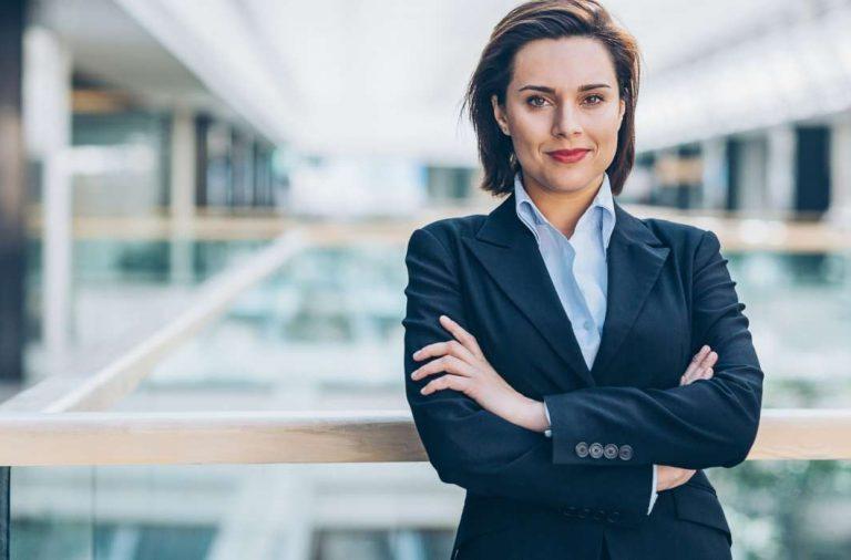 Liderazgo femenino: cómo acelerar la representación de Mujeres en puestos  de decisión - HR Connect